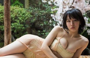 吉岡里帆の激似艶系ビデオ