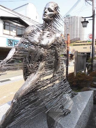 鉄骨アート作品.jpg