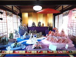おしゃれでスタイリッシュな東之湖の雛人形.jpg