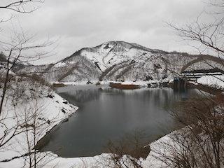 八咫烏(やたがらす)の山002のコピー.jpg