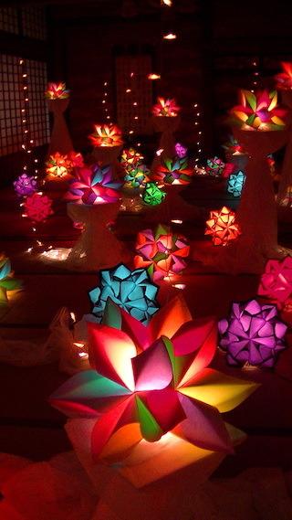 幻想的な和風ランプの光のインテリアのオ ブジェ.jpg