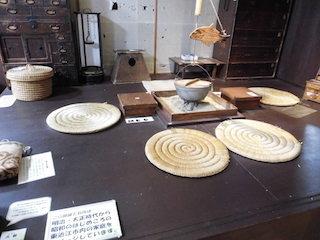 昭和初期の暮らしと遊びの生活道具.jpg