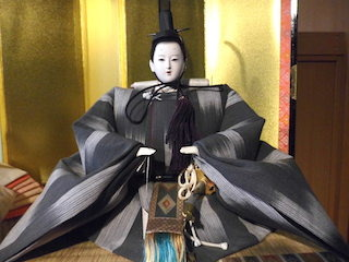 東之湖(とうこ)清湖雛の男雛(内裏雛).jpg