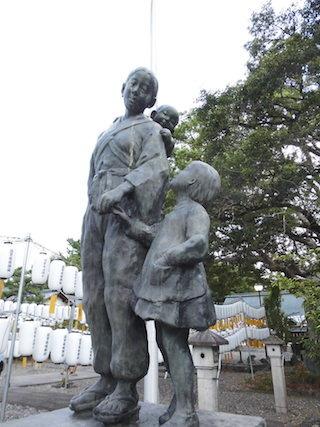 母の像.jpg