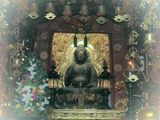 毘沙門天像は東近江市指定文化財.jpg