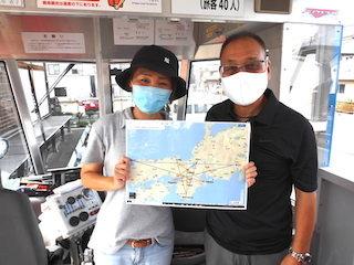 水陸両用観光バスの運転手とバスガイドと五芒星.jpg