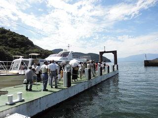 沖島行きの堀切新港から乗る船の時刻.JPG