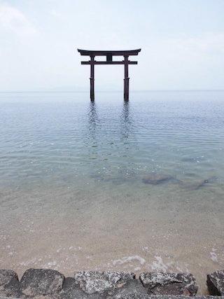 白髭神社の鳥居.jpg