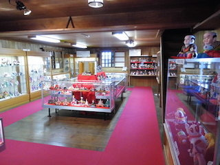 近江商人屋敷の中江準五郎邸の人形館.jpg