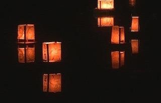 醒井地蔵まつり万灯流し.jpg