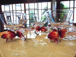 金魚の可愛いグラス.jpg