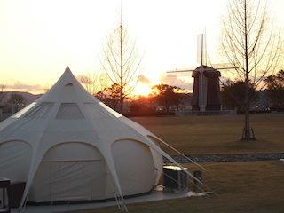 STAGEX高島グランピング施設.jpg